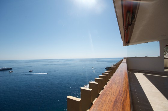 Mirabeau Apartment for Sale with Sea view