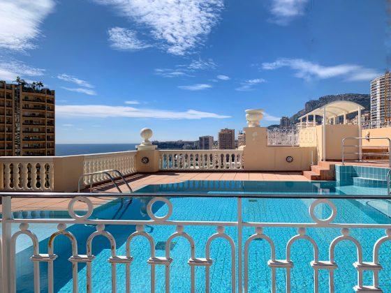 Monaco-penthouse-swiming-pool
