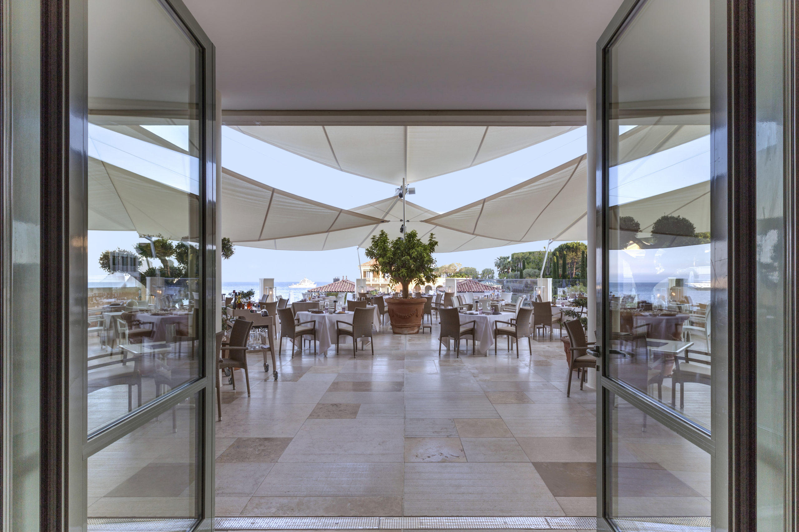 best-restaurant-monaco-blue-bay
