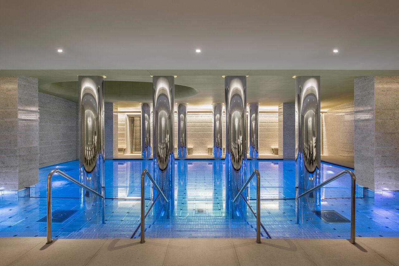 luxury-Monaco-residence-pool-odeon-tower